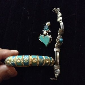 Lot of Joan Rivers, turquoise Pendant & bracelet